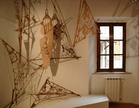 Terracotta – bambù – corda - 2009 - cm150x35