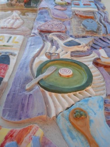 Part. del pannello decorativo eseguito in ceramica e mosaico e donato al Centro Prov. Formazione Professionale Castelfusano (giugno 2014) .